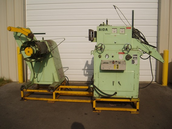 """6600 Lb., Aida, 16"""" Wide x .125"""" Capacity, Hyd Exp, Hold Down Arm, 7 Roll Straightener, 1987"""